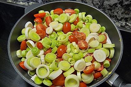 Lauchgemüse mit geschmolzenen Tomaten 4