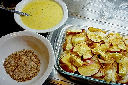 Brotauflauf mit Äpfeln 2