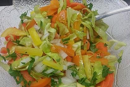 Griechischer Krautsalat mit Karotte und Paprika 3