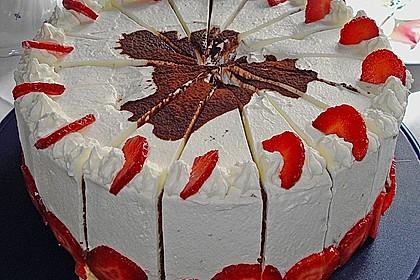 Gewickelte Erdbeer - Tiramisu - Torte 2