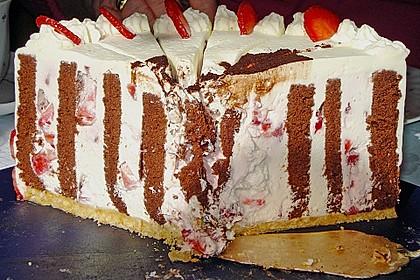 Gewickelte Erdbeer - Tiramisu - Torte 19