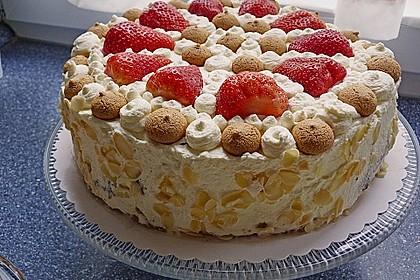 Gewickelte Erdbeer - Tiramisu - Torte 7