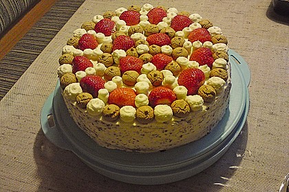 Gewickelte Erdbeer - Tiramisu - Torte 22