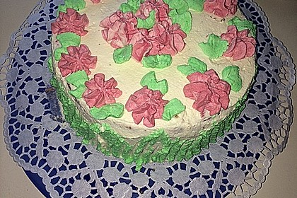 Gewickelte Erdbeer - Tiramisu - Torte 40