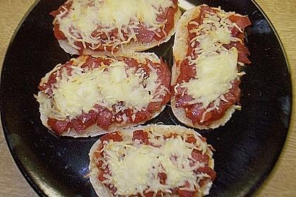 2 Minuten  Pizza-Brötchen 25