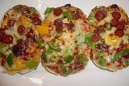 2 Minuten  Pizza-Brötchen