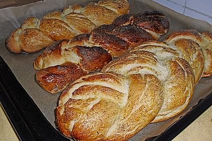 Hefezopf wie beim Bäcker 233