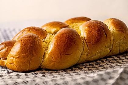 Hefezopf wie beim Bäcker 10