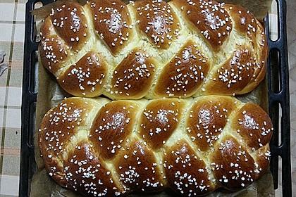 Hefezopf wie beim Bäcker 3