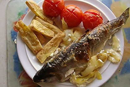 Fisch im Zwiebelbett