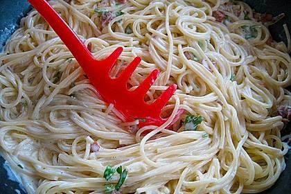 Italienische Carbonara-Sauce 9