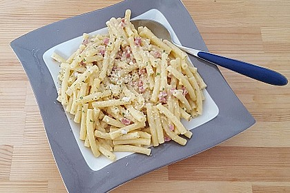 Italienische Carbonara-Sauce 10