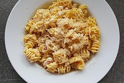 Italienische Carbonara-Sauce 19