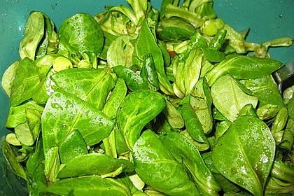 Feldsalat mit gemischten Pilzen und Parmesanspänen 5