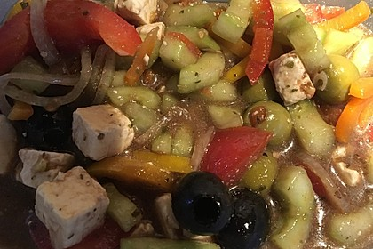 Bauernsalat, griechisch 12