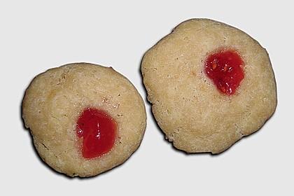 Plätzchen mit Marmelade 8