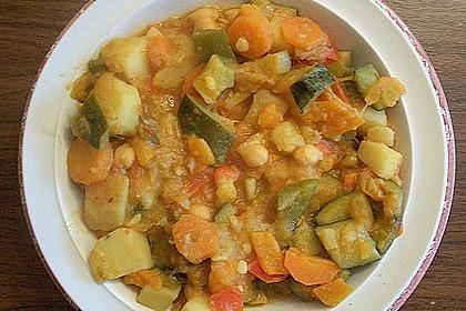 Gemüse - Kartoffel - Tajine mit Harissa 4