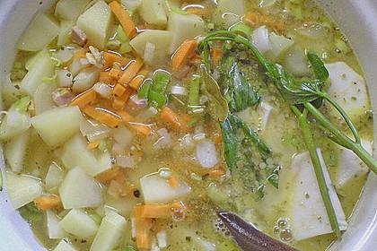 Kartoffelsuppe mit Speck und Majoran 3