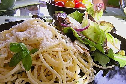 Spaghettini aglio, olio e peperoncino 12