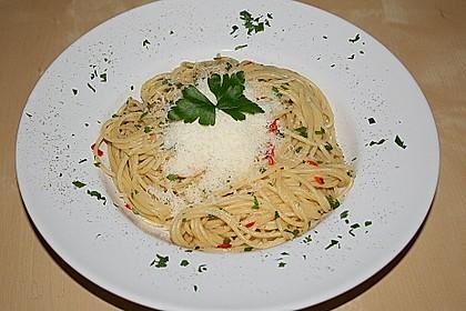 Spaghettini aglio, olio e peperoncino 18