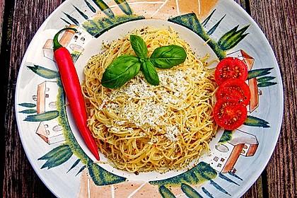 Spaghettini aglio, olio e peperoncino 10