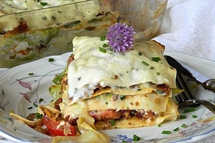 Lasagne mit Wirsing, Hackfleisch und Schafskäse