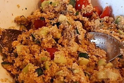 Couscous-Salat, lecker würzig 89