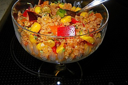 Couscous-Salat, lecker würzig 44