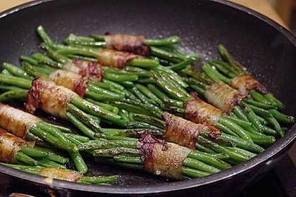 Grüne Bohnen im Speckmantel 1
