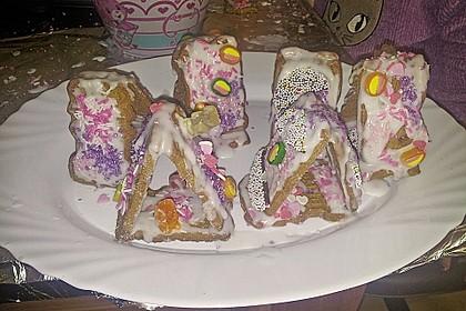 Hexenhaus aus Butterkeksen 95