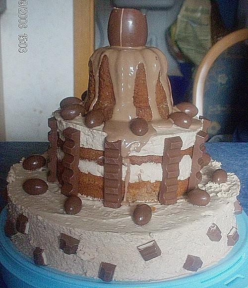 kinderschokoladen torte rezept mit bild von cookie. Black Bedroom Furniture Sets. Home Design Ideas
