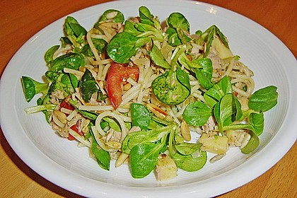 Warmer Feldsalat mit Nudeln 1