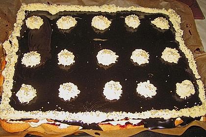 Eierlikörschnitten mit Buttercreme 10