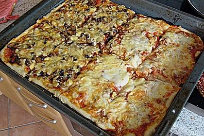 Pizza al Funghi e Pancetta 1