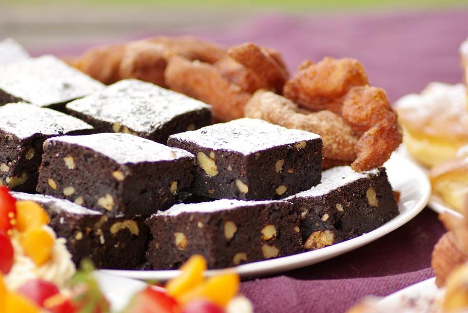 brownies super schokoladig rezept mit bild von bloody squirrel. Black Bedroom Furniture Sets. Home Design Ideas