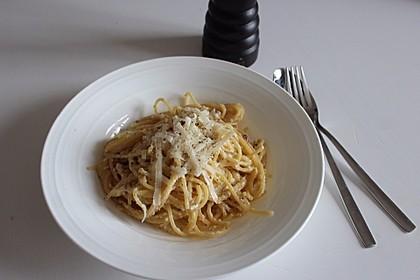Spaghetti Carbonara, mal ohne Sahne 6