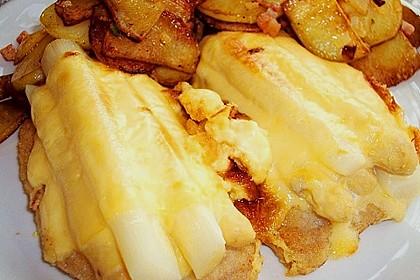 Schnitzel mit Spargel und Käse überbacken 1