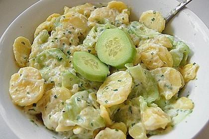 Kartoffelsalat mit Gurke, lauwarm 1