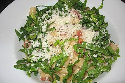Pasta mit Schinken und Spinat in Thymiansauce 1