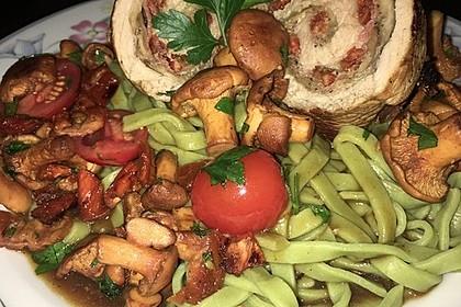 Involtini mit Aubergine, Parmaschinken und getrockneten Tomaten 9
