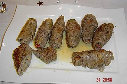 Involtini mit Aubergine, Parmaschinken und getrockneten Tomaten 22