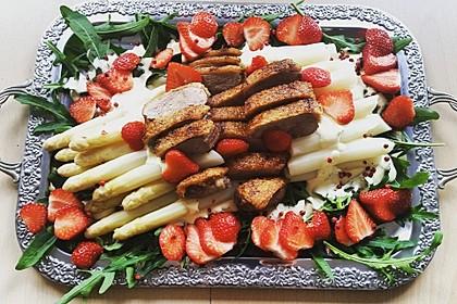 Spargel mit Erdbeeren und Entenbrust 5
