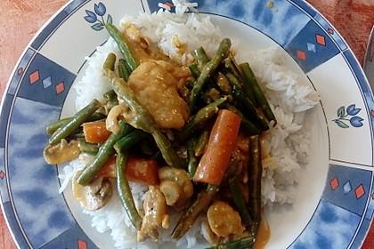 Thailändische Wokpfanne mit Kokosmilch 28