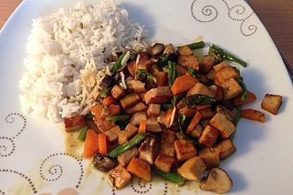 Thailändische Wokpfanne mit Kokosmilch 44