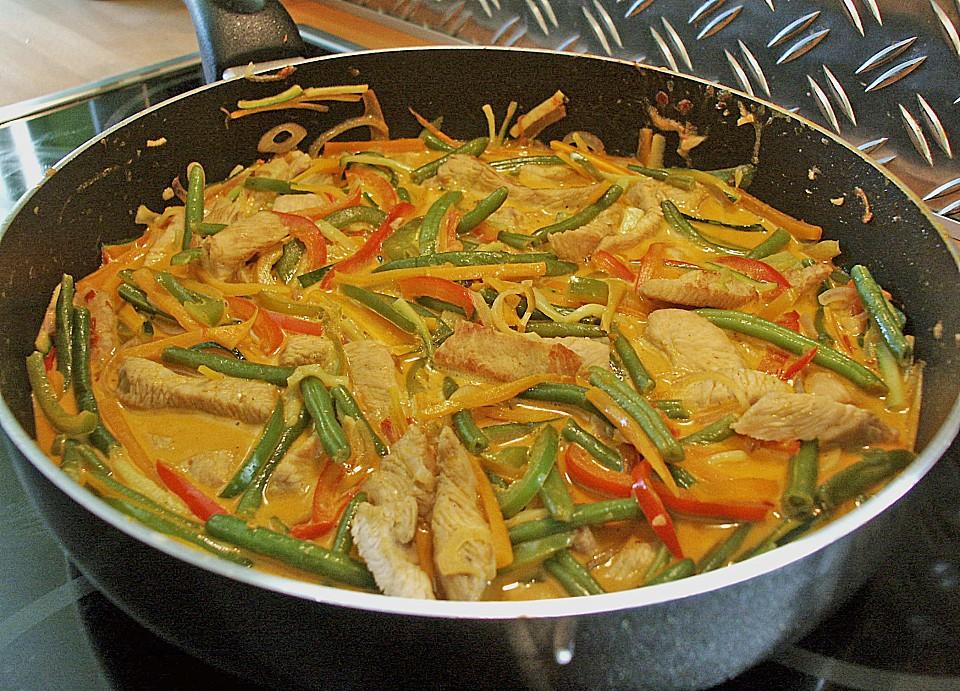 thailändische wokpfanne mit kokosmilch (rezept mit bild) | chefkoch.de - Thailändische Küche Rezepte