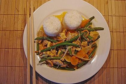 Thailändische Wokpfanne mit Kokosmilch 3