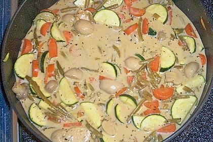 Thailändische Wokpfanne mit Kokosmilch 46
