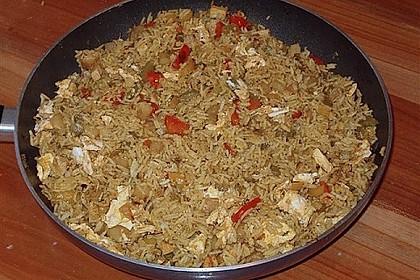 Gebratener Reis auf chinesische Art 10