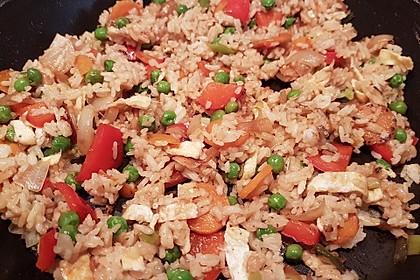Gebratener Reis auf chinesische Art 9
