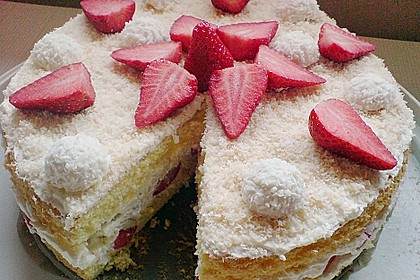 Erdbeer-Raffaello-Torte 170